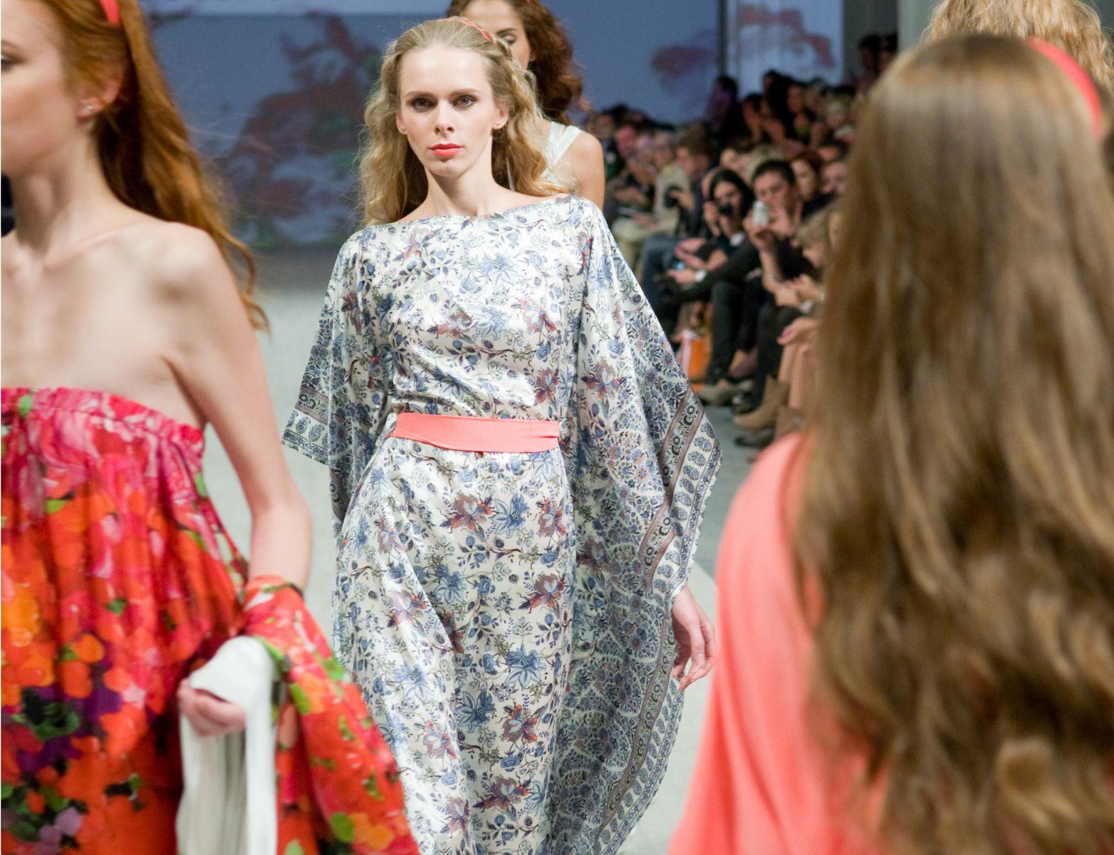 платье от украинского дизайнера Olena Dats'