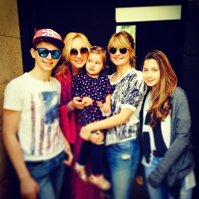 Кристина Орбакайте семья муж дети фото