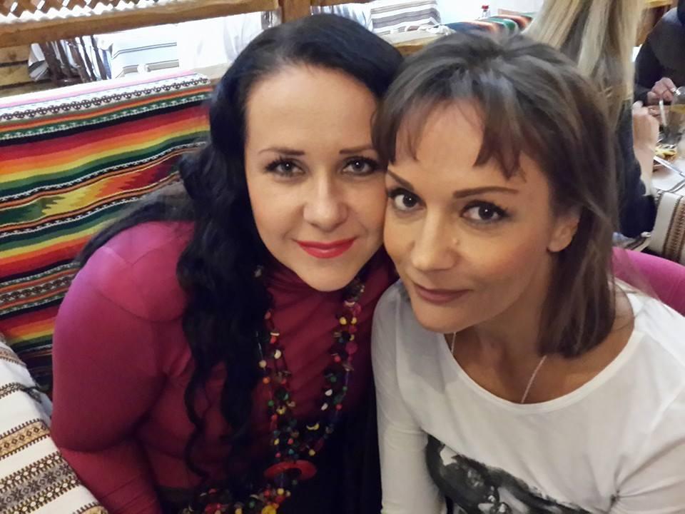Татьяна Буланова и ее вокальный двойник Инна Егорова
