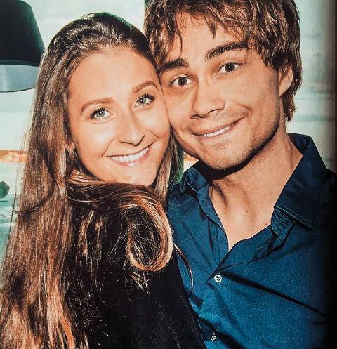 Больше не одинок: победитель Евровидения-2009 Александр Рыбак показал свою возлюбленную