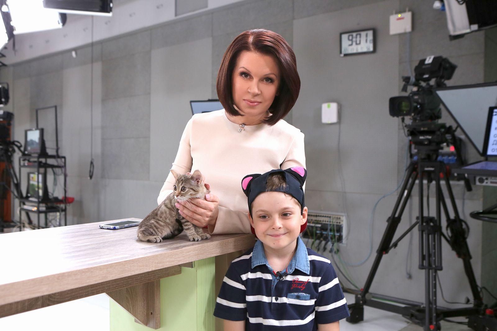 Алла Мазур и ее сын приютили милого котенка