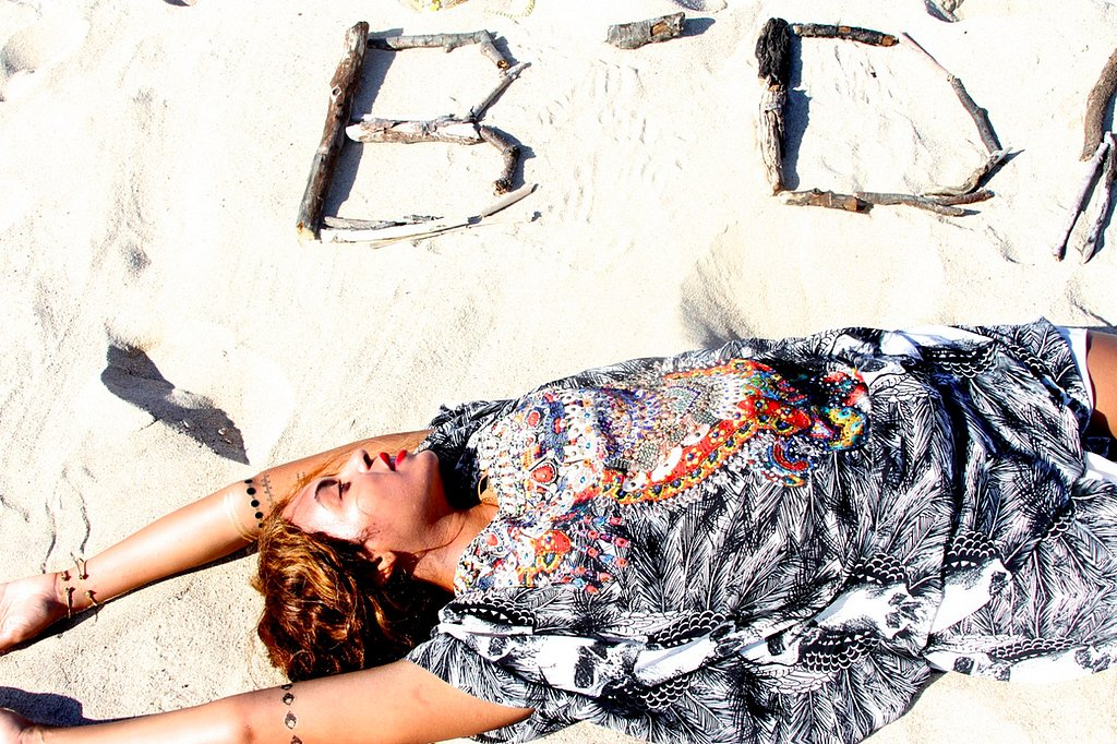 Бейонсе показала дочь и роскошную фигуру в бикини