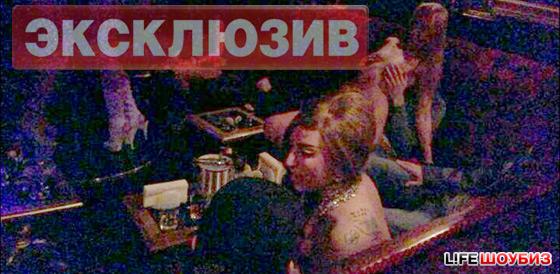 19 стриптиз клуб: