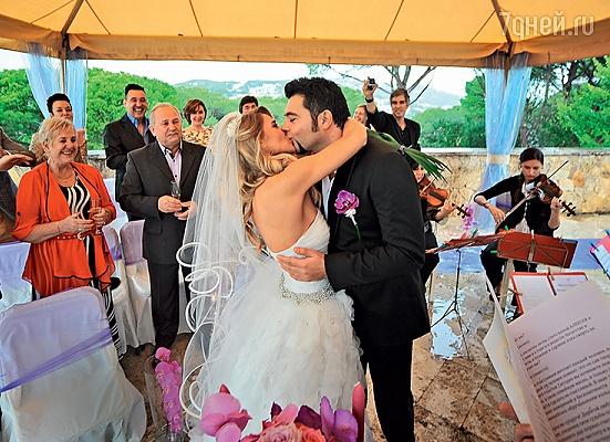 Чумаков наконец то поженились