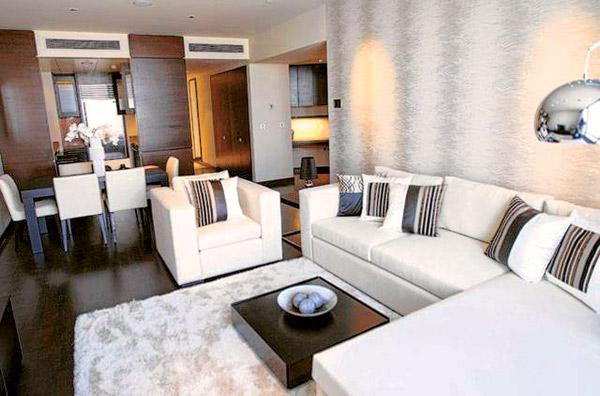 Борис Моисеев купил квартиру в Дубае для себя и своей возлюбленной
