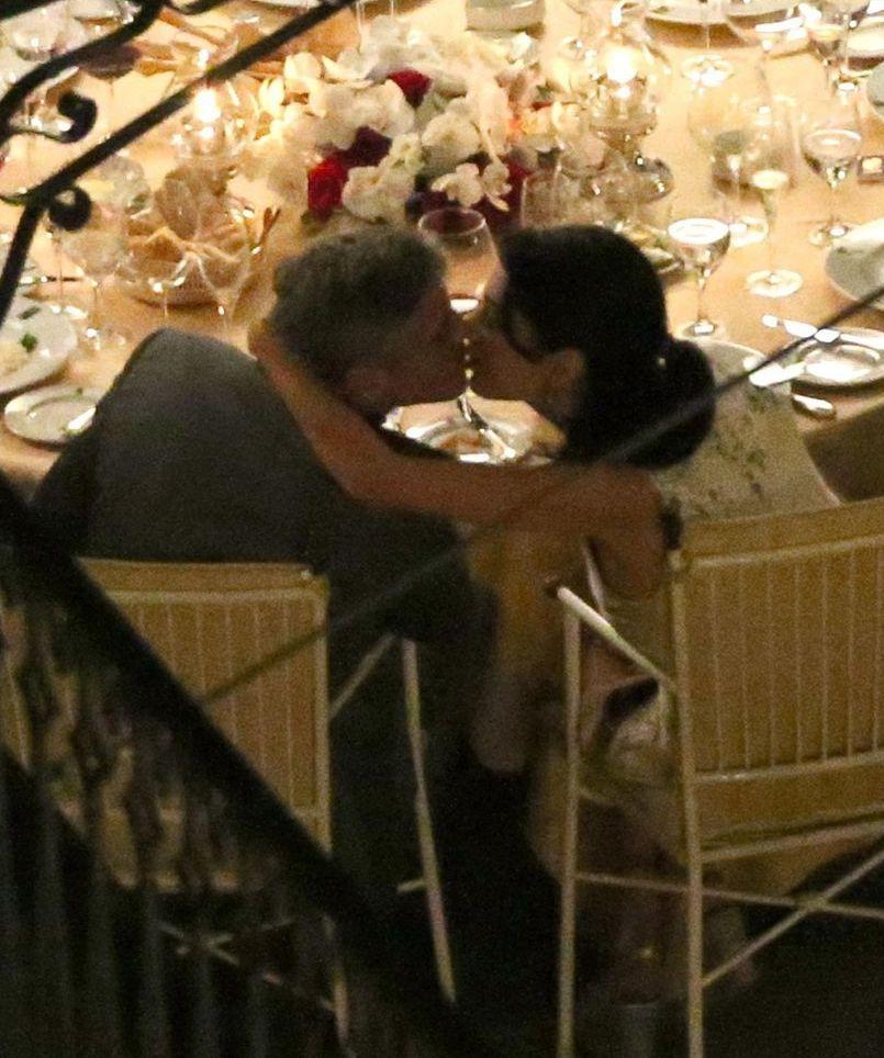 Джордж Клуни и Амаль Аламуддин не могут оторваться друг от друга