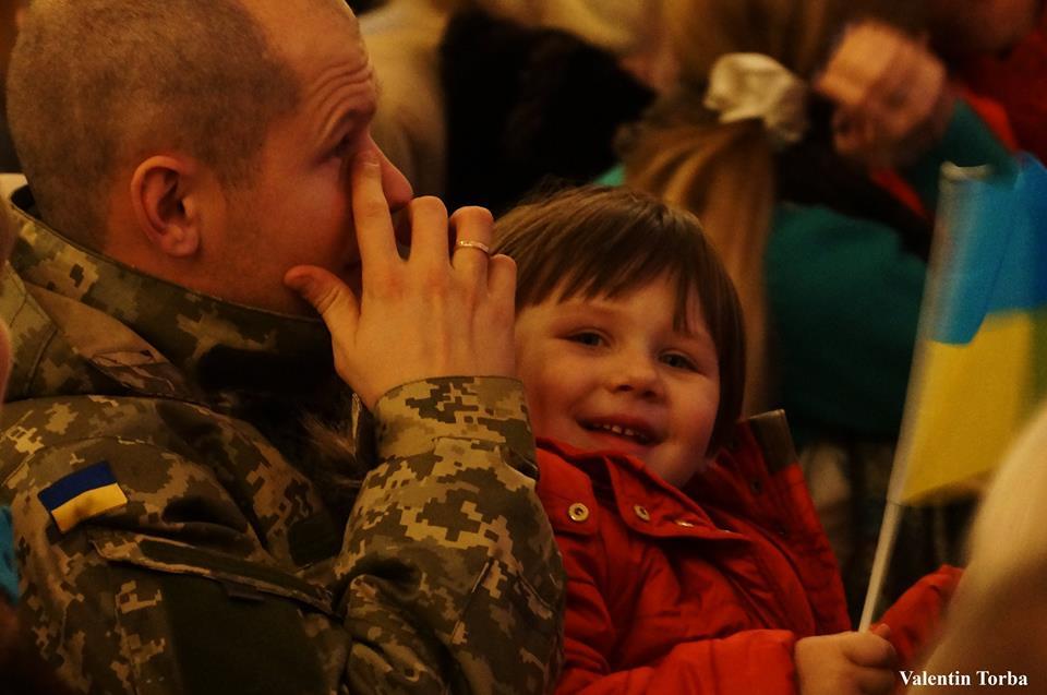 Анастасия Приходько и Тоня Матвиенко поздравили украинских военных с Днем Вооруженных сил