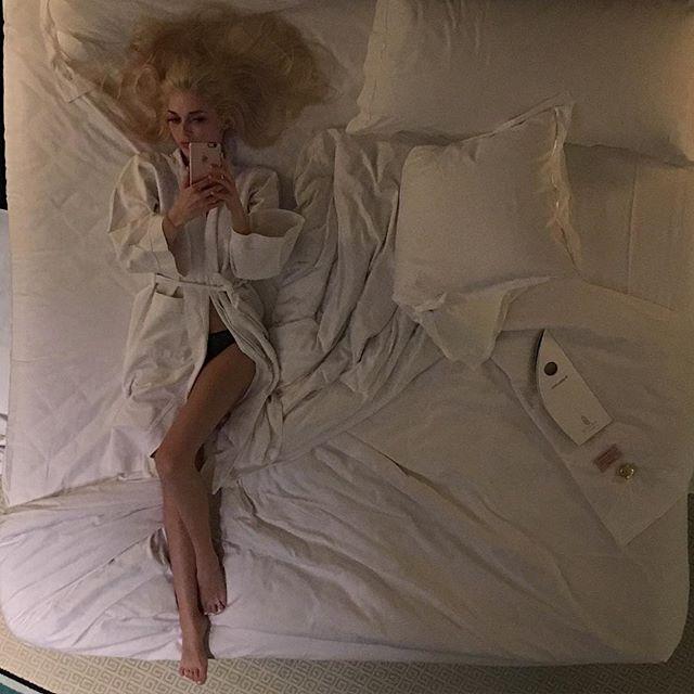 """Солистка """"ВИА Гры"""" Эрика Герцег продемонстрировала идеальное тело в бикини"""