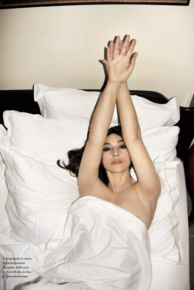 Королева соблазна: Моника Беллуччи снялась в провокационной фотосессии для мужского глянца