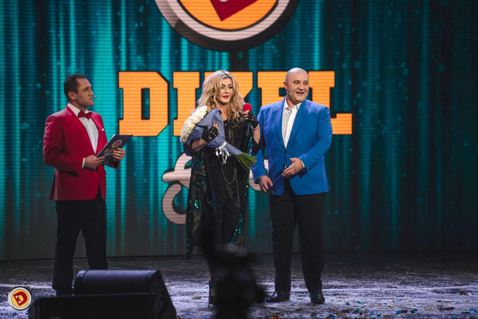 Ирина Билык продемонстрировала свой эффектный новогодний образ