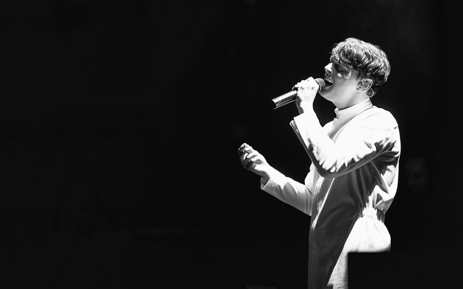 Опьяненные талантом: Alekseev взорвал публику своим первым альбомом