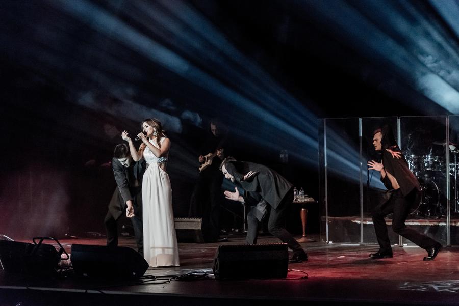 Микки Рурк посетил концерт Ани Лорак в Америке