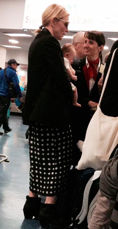 Актриса Кейт Бланшетт удочерила девочку