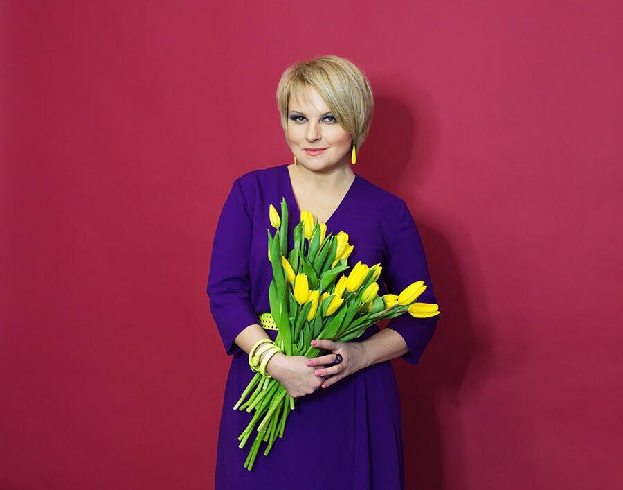 Звезды засыпали Тоню Матвиенко поздравлениями с днем рождения