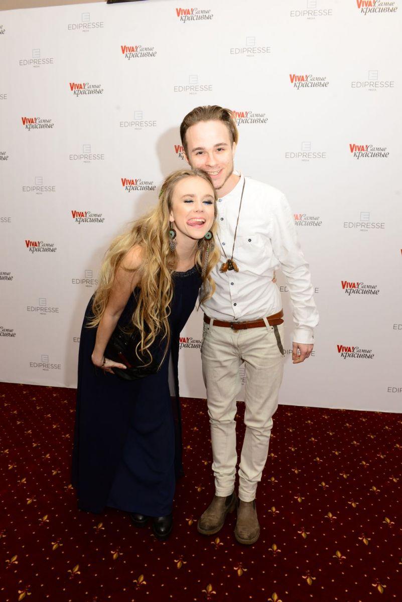 Viva! Самые красивые-2017: самые красивые пары на красной дорожке главной церемонии страны