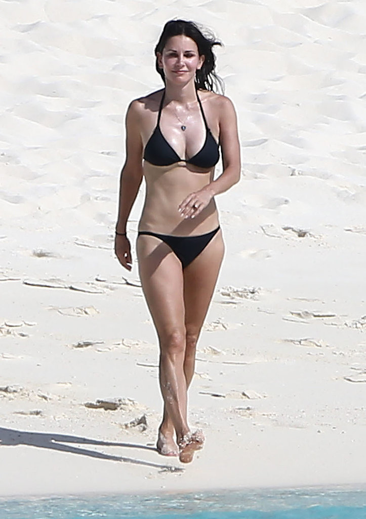 фото крупным планом пляж нудисты