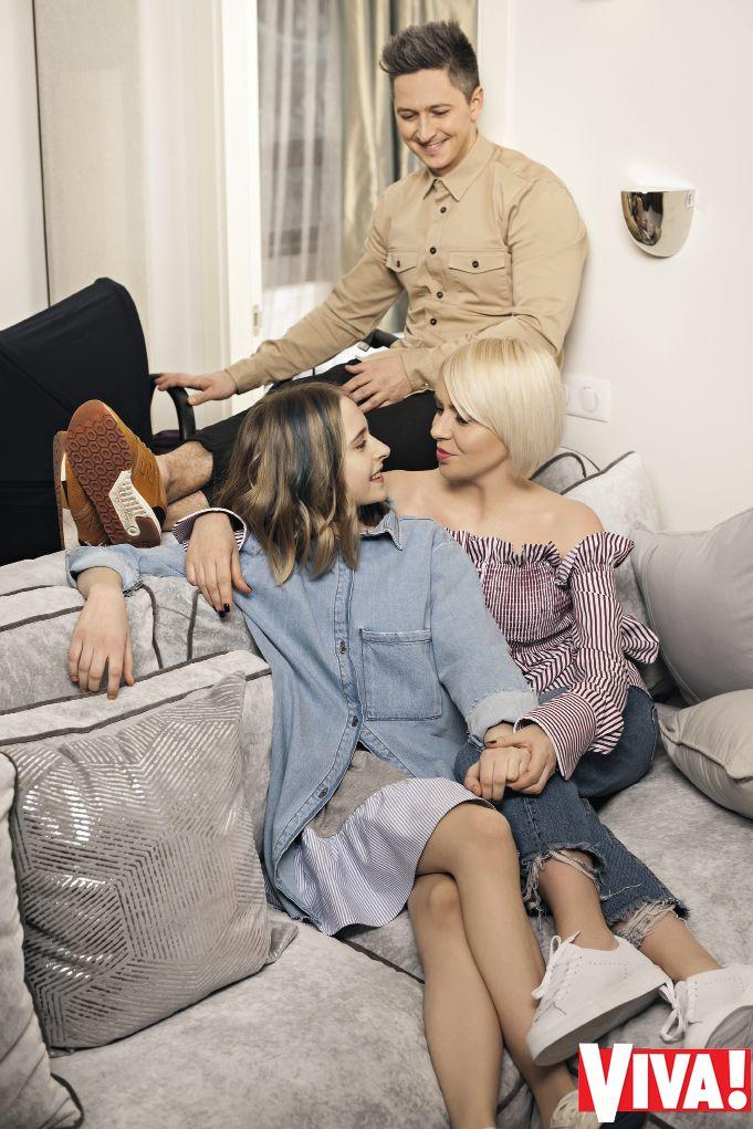 Александр Педан с женой и детьми