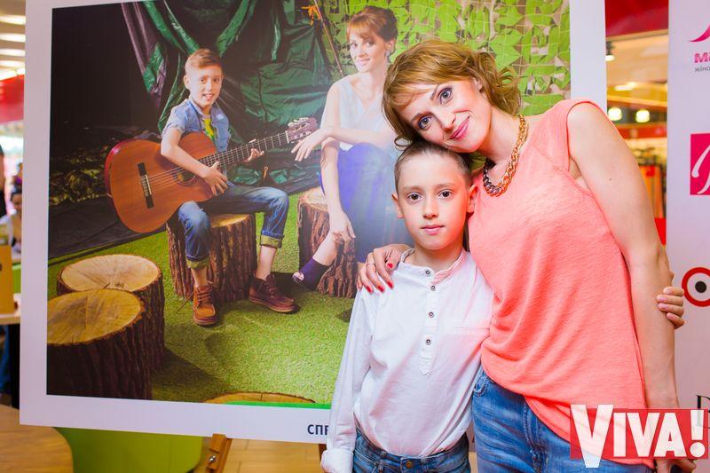 Аида Николайчук с сыном