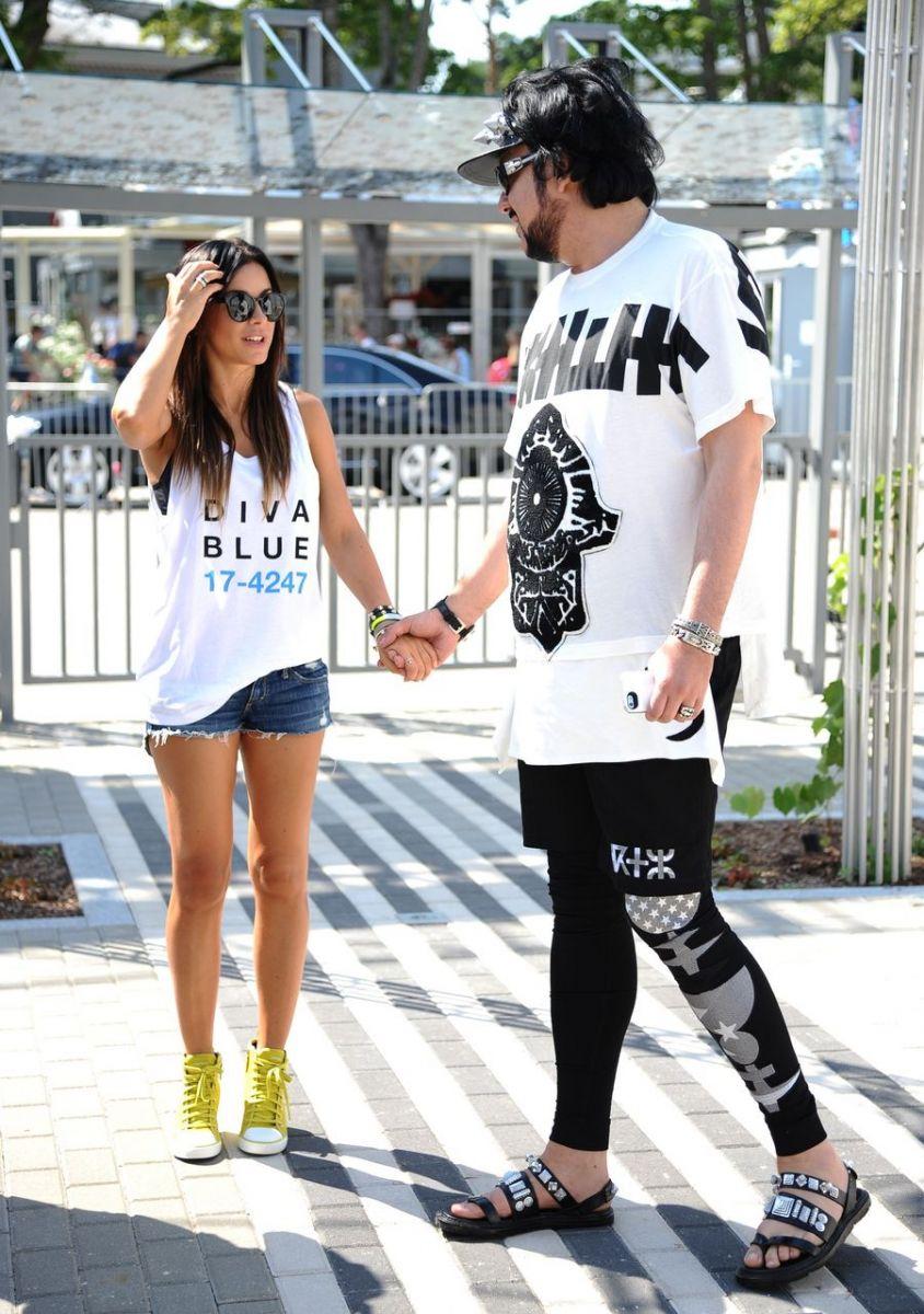 Ани Лорак и Филипп Киркоров трогательно держатся за руки
