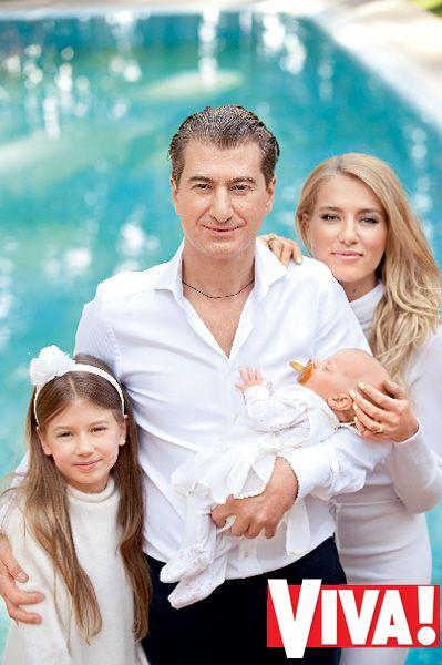 Ольга Горбачева и Юрий Никитин в семейной фотосессии для Viva!