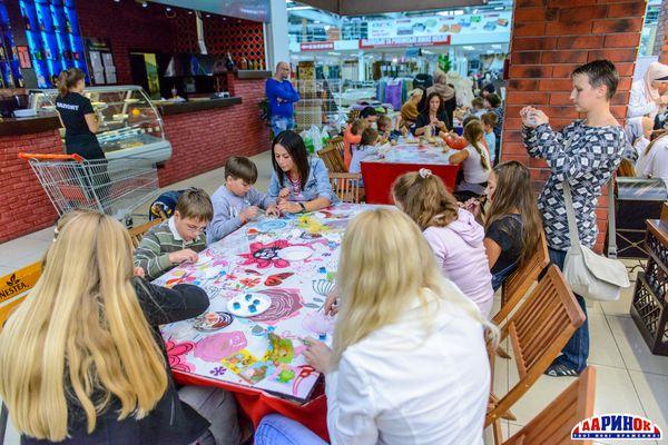 звезды помогли детям с востока Украины