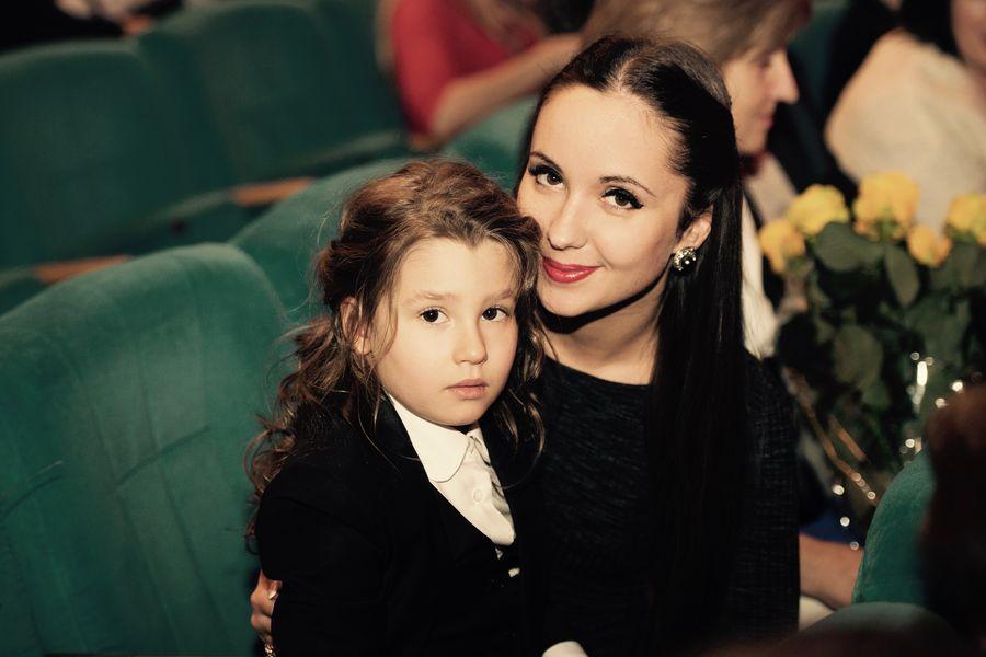 Сестра и дочь Светланы Лободы