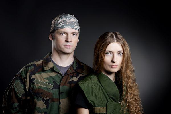 Украинские артисты облачились в камуфляж в патриотичной фотосессии