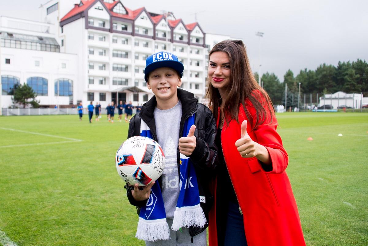 Криштиану Роналду встретился с онкобольным мальчиком из Украины