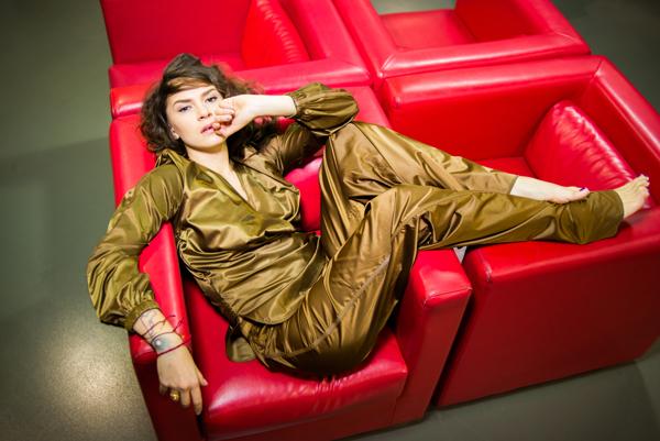 viva.ua Ким Кардашьян в Красном Платье