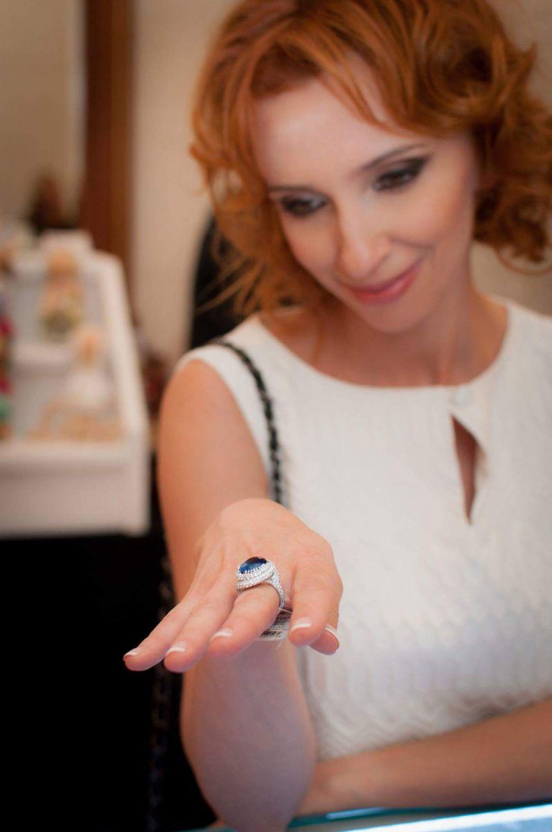 Основательница бренда «DIAMOND of LOVE» — Старжинская Галина с дипломом от МАРТИС «Золотая Фортуна»