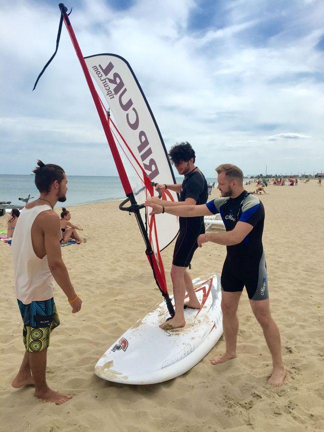 Авиаторы дали концерт на пляже в Затоке