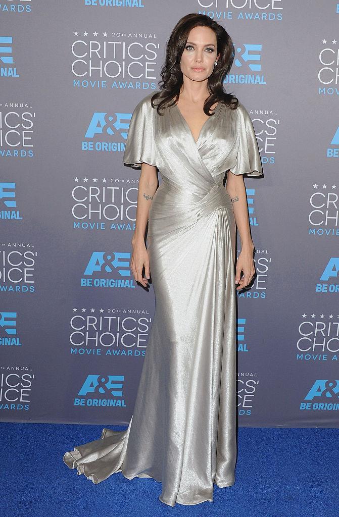 Мне нравится стареть: Анджелина Джоли – самая красивая женщина в мире, которая радуется морщинам