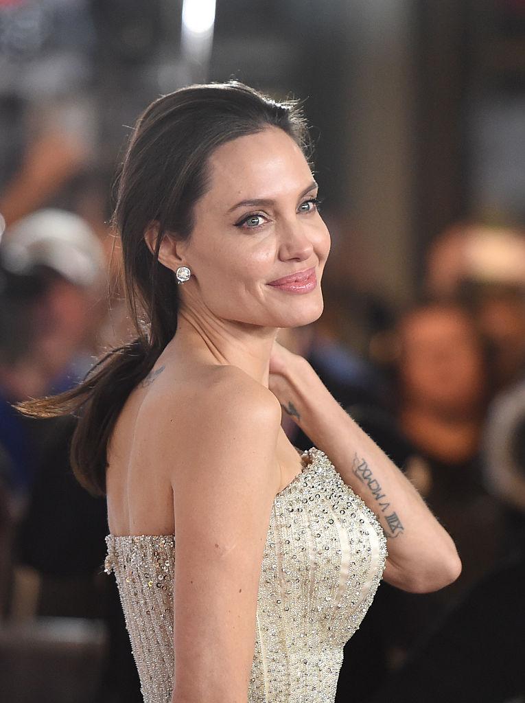 СМИ: Анджелина Джоли выходит замуж