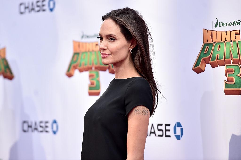 Анджелина Джоли намерена родить ребенка от своего нового возлюбленного - СМИ