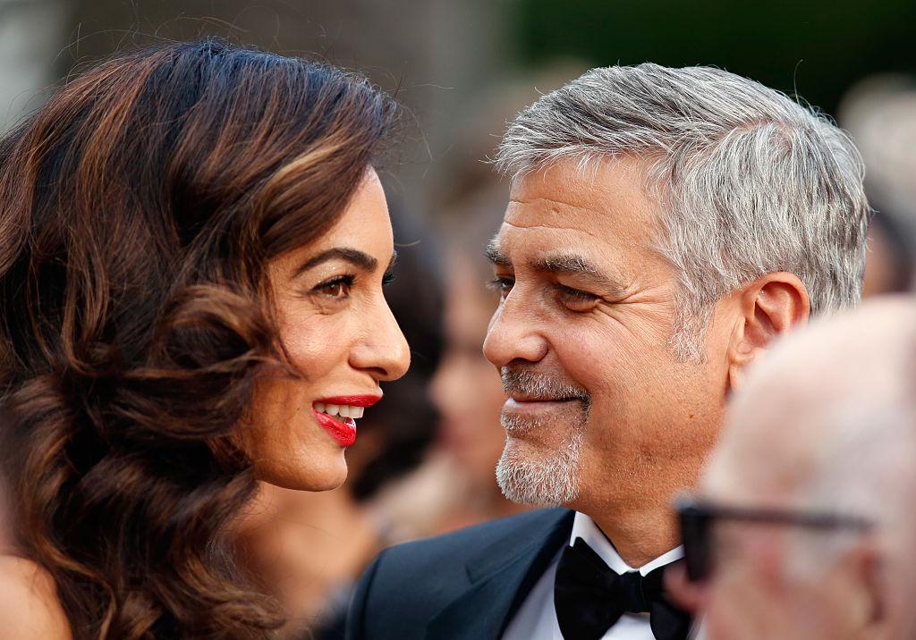 Супруга Джорджа Клуни оригинально поздравила его с днем рождения