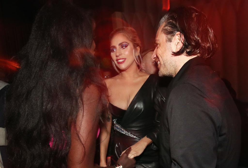 Леди Гага думает опредложении отсвоего бойфренда