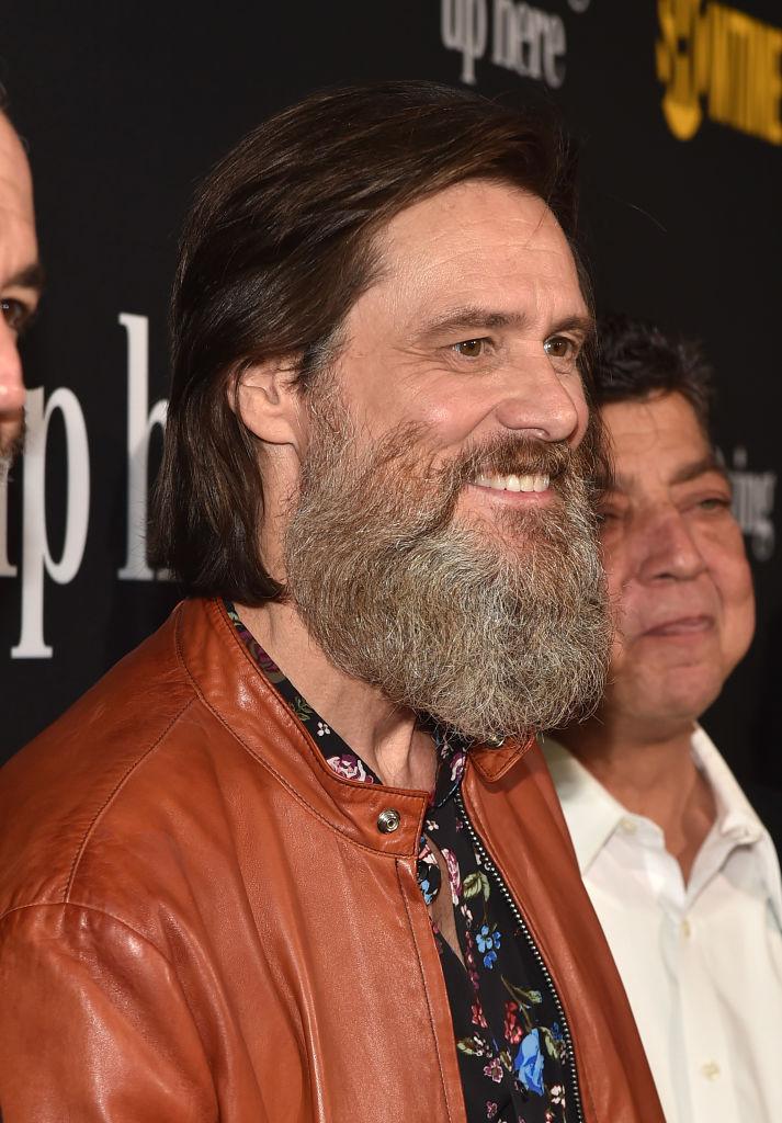 Еще длиннее борода: Джим Керри удивил потерявшим видом