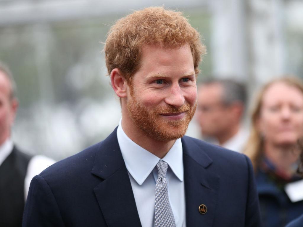 Принц Гарри подарил Меган Маркл золотое кольцо
