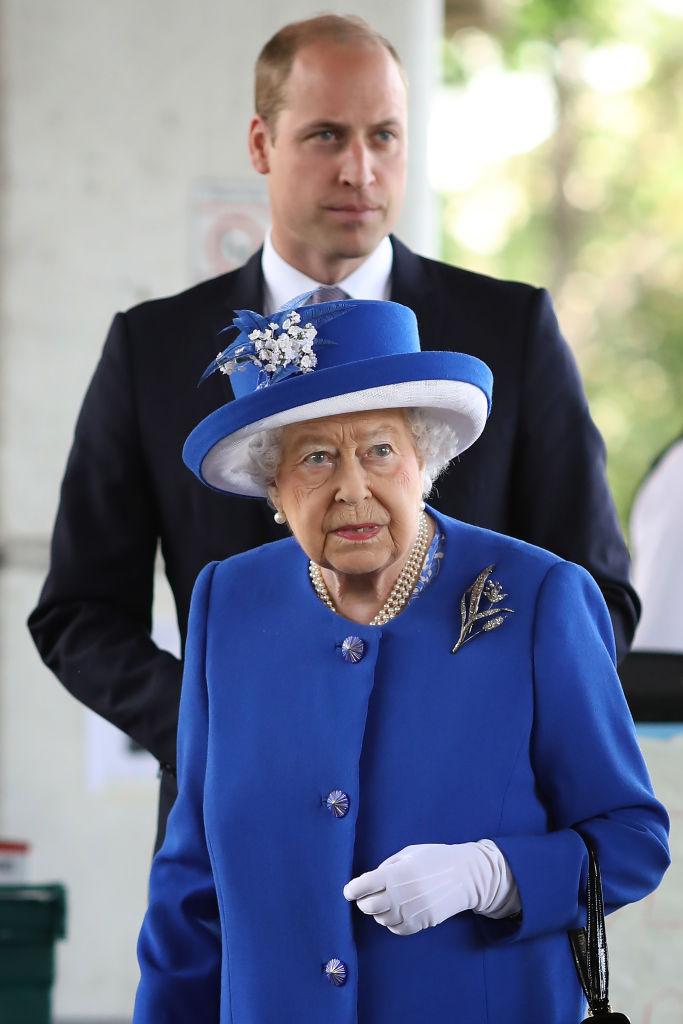 Принц Уильям нарушил королевский протокол из-за женщины