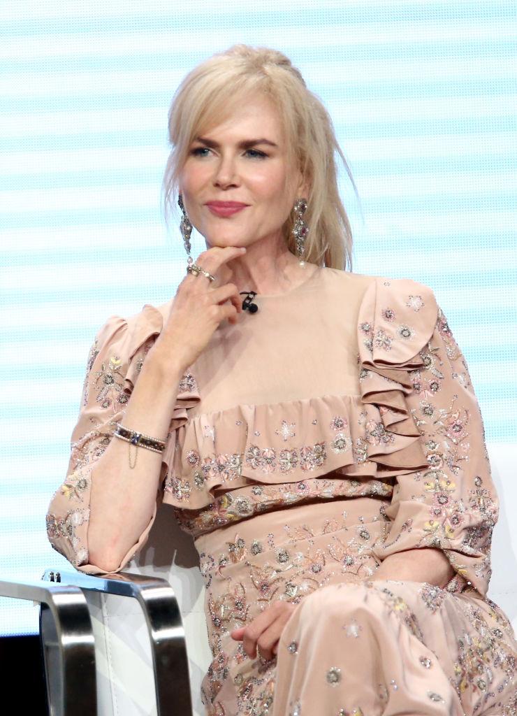 Бабушкин наряд: поклонники раскритиковали платье Николь Кидман