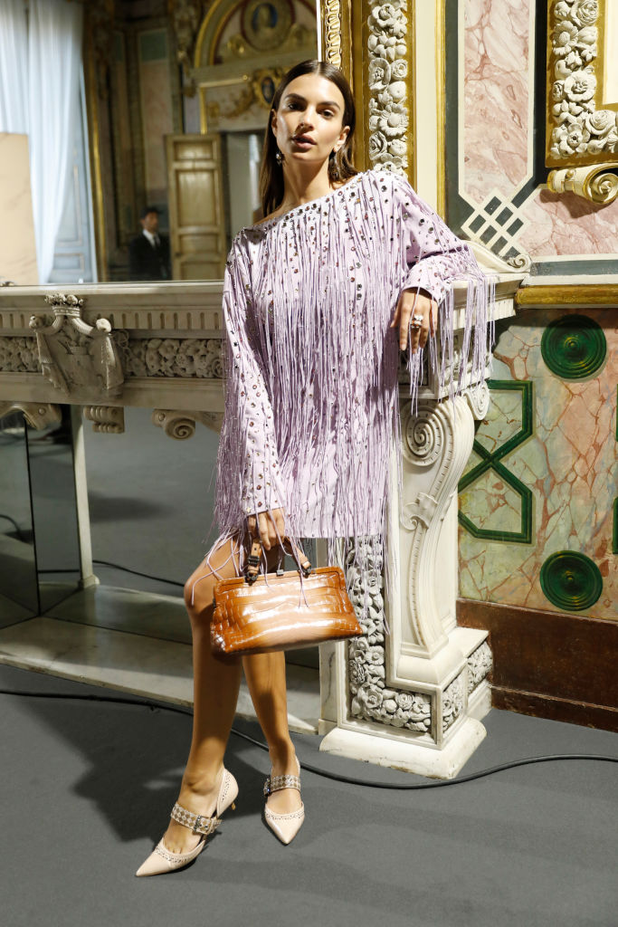 Редкий выход: Эмили Ратаковски приняла участие в модном показе