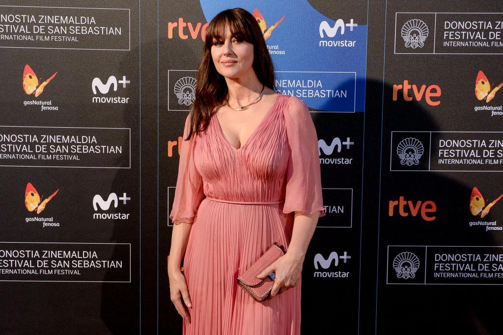 Сама нежность: Моника Беллуччи покорила публику розовым нарядом