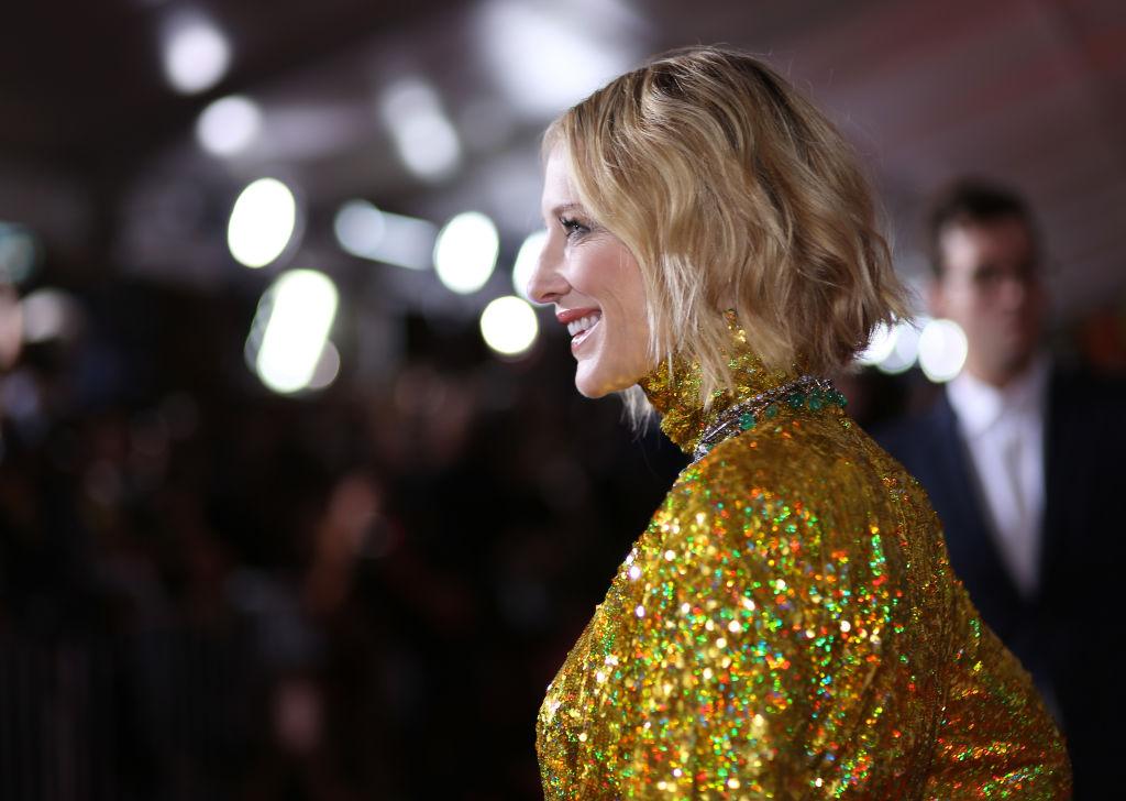 """Чтобы все блестело: """"золотое"""" платье Кейт Бланшетт назвали безвкусным"""