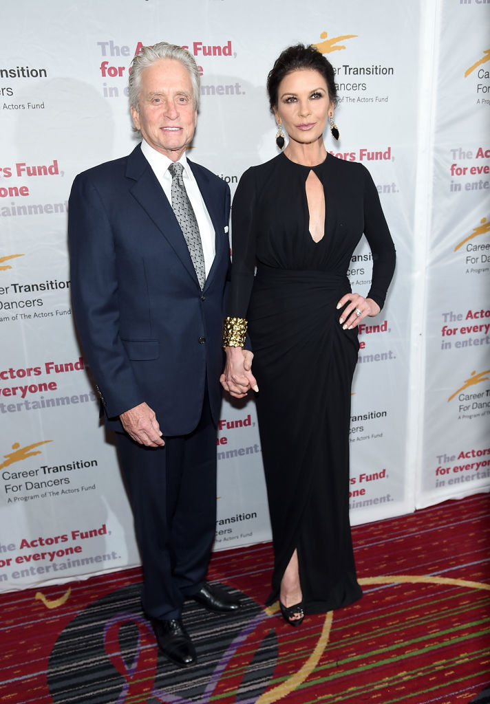 Майкл Дуглас и Кэтрин Зета-Джонс впервые за долгое время вместе появились на публкие