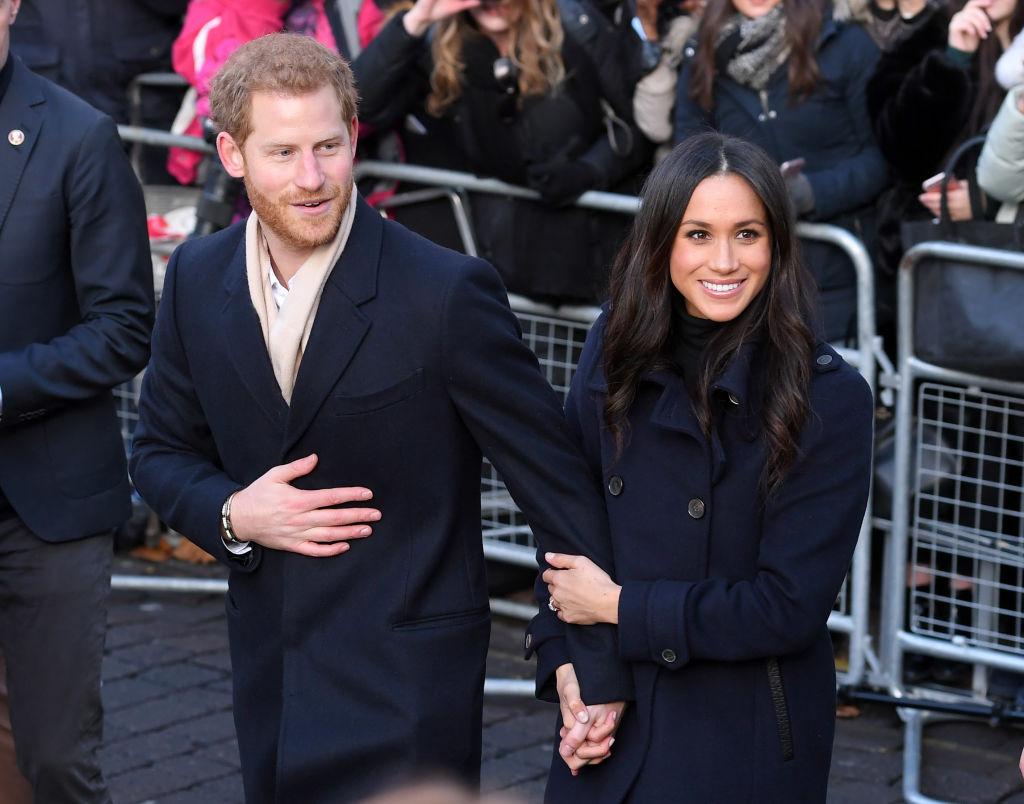 Влюбленные и стильные: принц Гарри и Меган Маркл впервые вышли в свет после помолвки