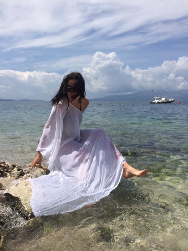 Анастасия Приходько вместе с мужем и друзьями отдохнула на Балканах