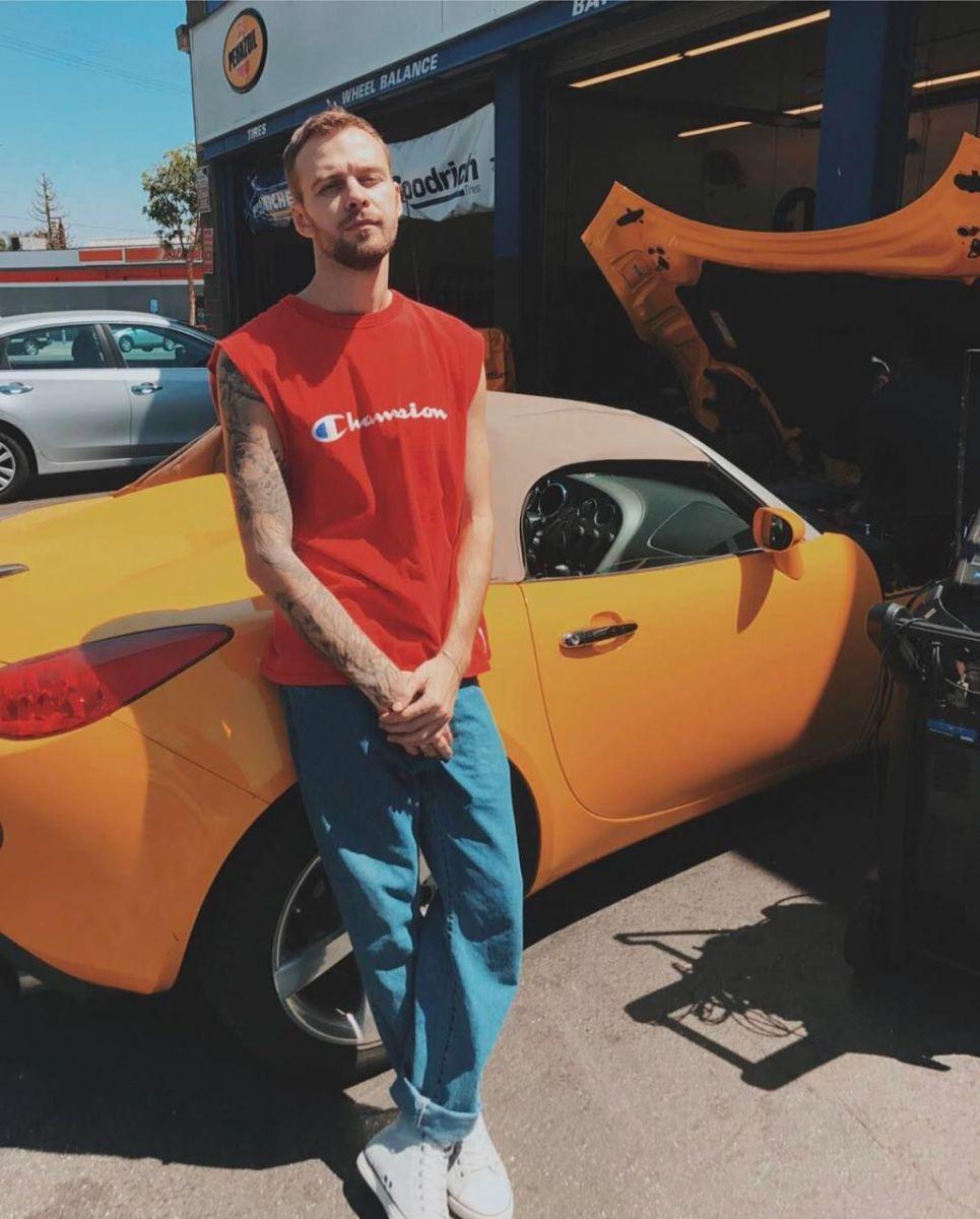 Макса Барских обокрали в США - у певца угнали машину
