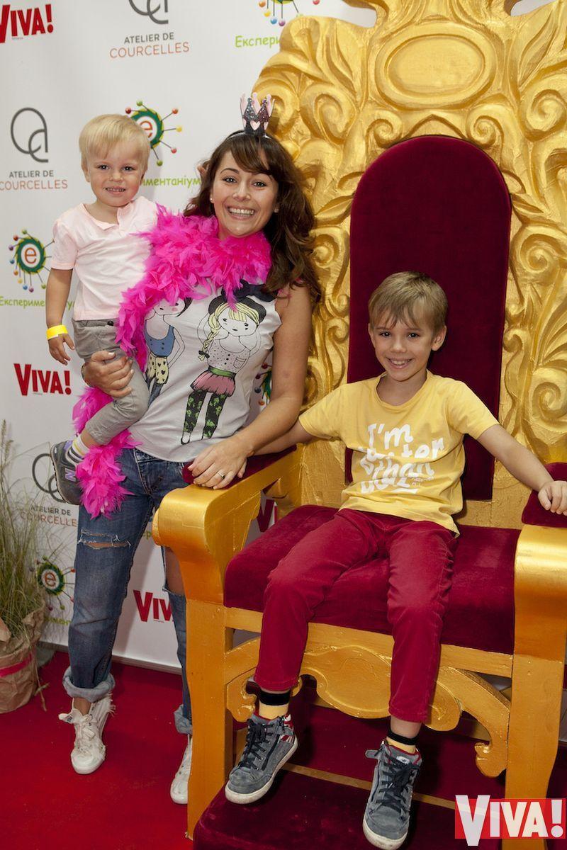 Даша Малахова с детьми