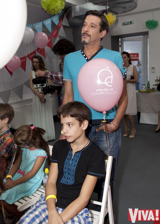 Максим Нелипа с семьей