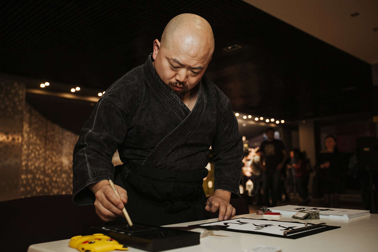 Дмитрий Комаров презентовал новый сезон программы «Мир наизнанку», посвященный Японии